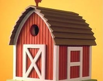 Small Barn Birdhouse