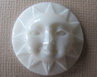 MS Sun Cabochon 1.0 inch 25mm Carved Bone Open Eyes Bali Fair Trade