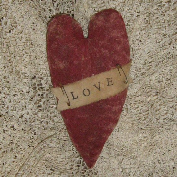 Primitive Heart - Love - Grubby Shabby Painted - HANDMADE - FREE shipping in U.S.
