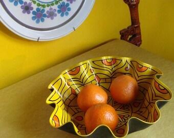 Super Lemon Mandala Record Bowl - Bohemian Home Decor Made From Vinyl Record - Psychedelic Geometric Eco Friendly Centerpiece