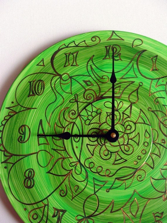 Green Maelstrom Mandala Record Clock - Psychedelic Geometric Design on Recycled Vinyl Record