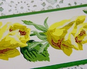 Beautiful Vintage Trimz Wallpaper Border Yellow Corsage