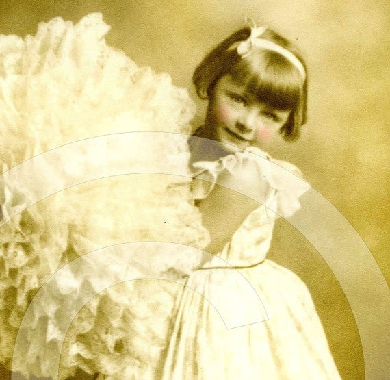 PaRaSoL antique PHoToGRaPH girl digital download scan image sheet collage craft supplies
