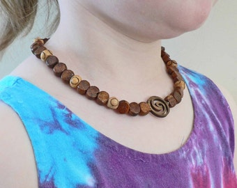 Stylish Wood beaded Necklace For boys and young men Yin Yang Spiral Cut wood focal bead Necklace 14 inch with closure