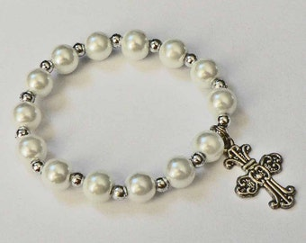 Religious Personalized Bracelet for Girls. White or Ivory Pearl Bracelet with Cross, Angel or Star of David Confirmation, Baptism, Communion