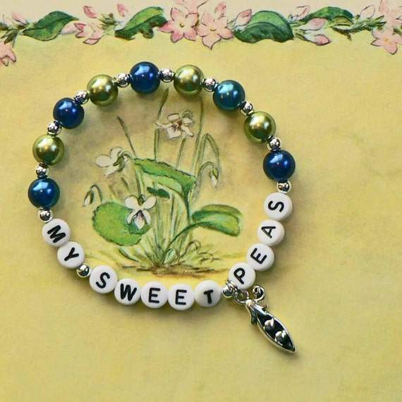Mother's Bracelet Personalized Birthstone color Pearls Name Bracelet Sweet Pea Charm or Charm of your choice Mommy  Grandmother Grandma Nana