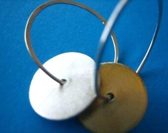 Disc Swing Earrings