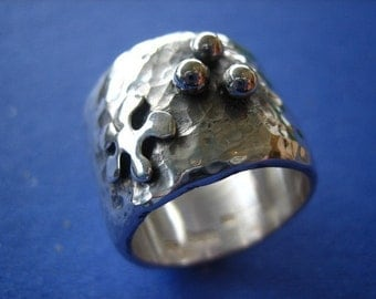 The Marsha Ring in Sterling Silver