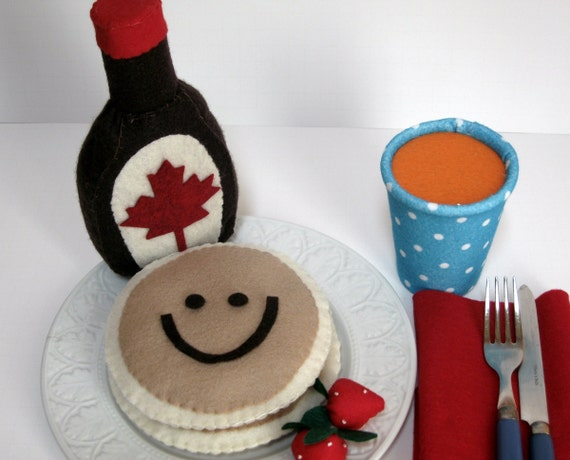 Felt Play Food Pancake Breakfast with Maple syrup