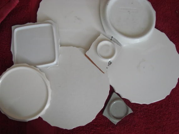 Mosaic Tile Circle White Focal Plate Center Pieces