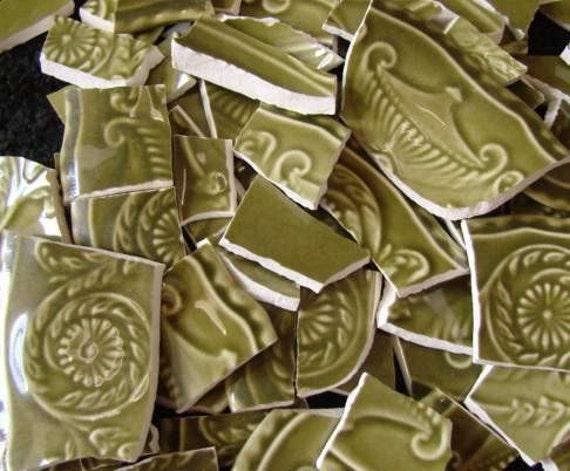 Mosaic Tiles Vintage Avacado Green Raised  Plate Tesserae