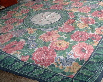 VINTAGE TABLECLOTH Beautiful Huge Multicolored Florals