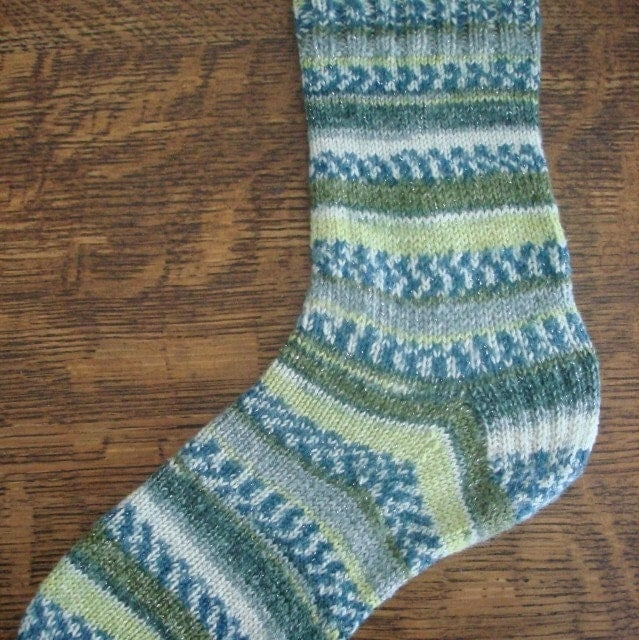 Knitting Socks On Circular Needles Pattern : Knit Pattern Socks on Circular Needles