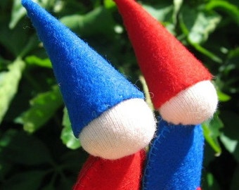 Red and blue felt gnome finger puppets, waldorf kids toys, childrens quiet play, handmade, natural toy