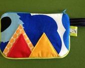 MARIMEKKO Blue No.2 Mini Zipper Clutch