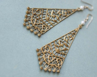 Delicato earrings - vintage brass kite filigree, freshwater pearls & 14k goldfilled