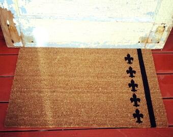 Fleur de lis - Natural Fiber Modern Tagged Outdoor French Welcome Mat Custom Doormat