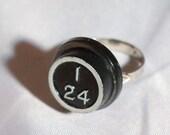 Vintage Bingo Ring I24 Piece