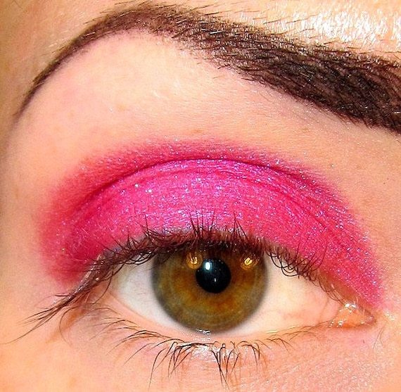 Dahlia Eyeshadow Mineral makeup (Bright Hot Pink) Some Like it Hot Collection Eye shadow Eyeliner (5g)