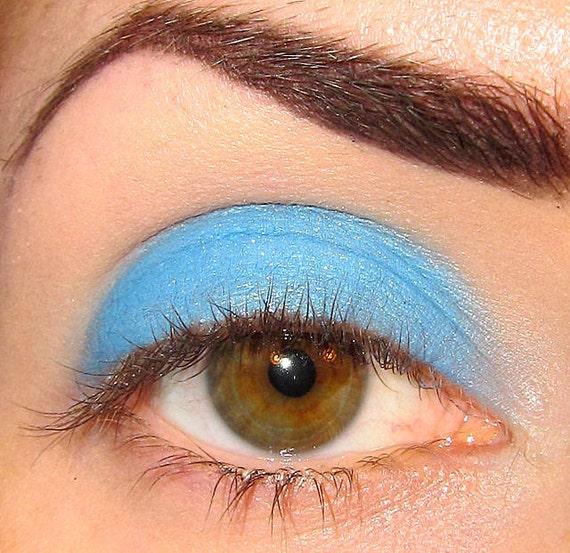 Atlantic Eyeshadow (Cool Medium Light shimmery pearlescent blue) Sobe MineralEyez Eyeshadow Mineral makeup Eye shadow Eyeliner (5g)