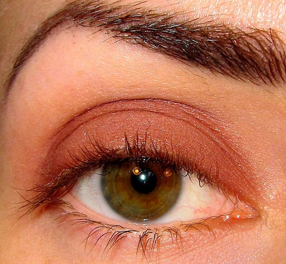 Cashmere Eyeshadow Mineral makeup Matte medium brown with a