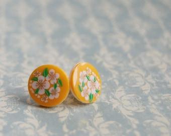 mustard yellow flower posts- folk- vintage Heidi earrings