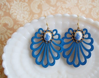Vintage blue ship dangle earrings- scalloped wood charms -afternoon sailing.