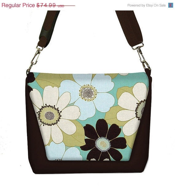 ON SALE Digital SLR Camera Bag Dslr Camera Bag Purse Womens Camera Bag Case  - Chocolate Daisy - InStock