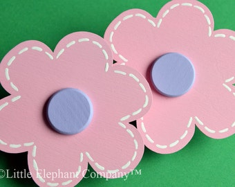 Light Pink Daisy Quilt Clips - set of 2