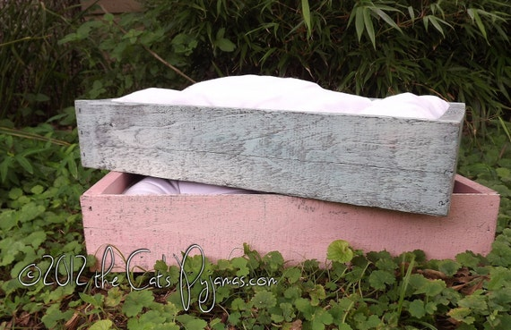 Pet Beds Cat or small dog handmade wooden bed with tufted pllow blue distressed finish