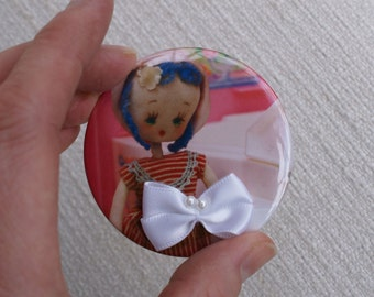 SALE Nelly Pose Doll Compact Mirror