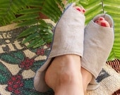 EARTH-TONE LINEN  Slippers