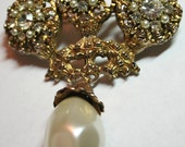 Vintage designer signed Benedikt NY pin brooch large rhinestones pearl dangle