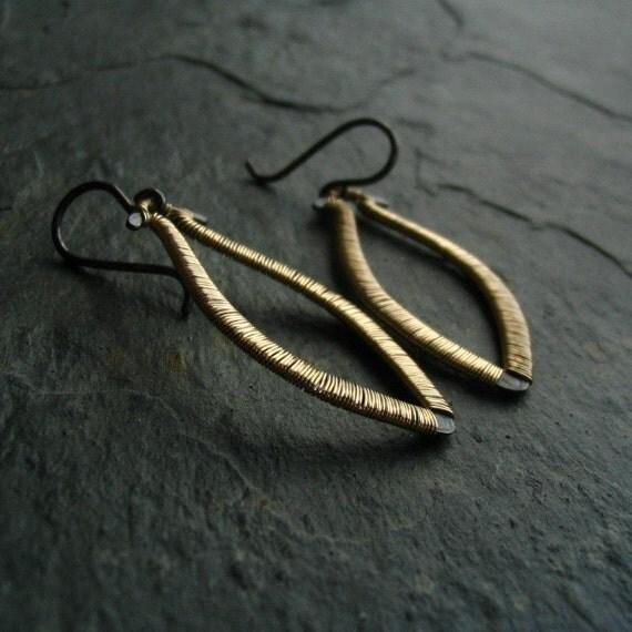 Wire Wrapped Modern Dangle Drop Earrings Leaf Two Tone Black Gold