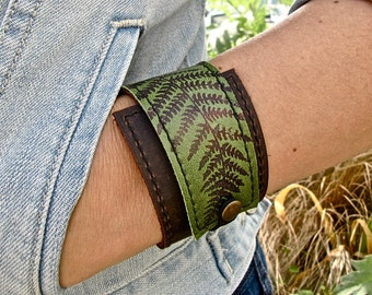 Leather Cuff Bracelet Wrap, Fern Print in Brown & Hunter Greenn* SALE * Coupon Codes