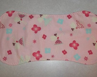 Set of 2 Baby Burp Pads in Pink Fairy Flannel