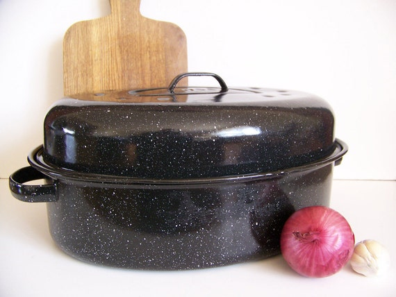 Enamel Roasting Pan in Vintage Black Large Size