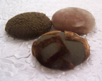 3 brown buttons, velvet buttons, fabric buttons, covered buttons, textured buttons, 1.5 inch button, size 60 buttons