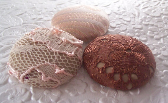 3 pink buttons, lace buttons, fabric buttons, covered buttons, textured buttons, 1.5 inch button, size 60 buttons