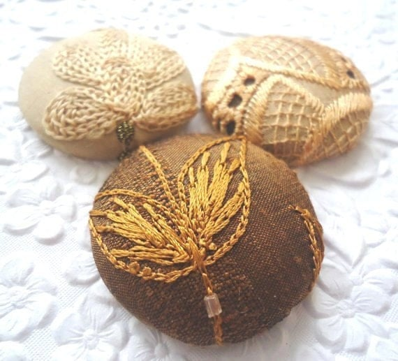Gold button, eyelet button, size 60 button, fabric button, embroidered button, silk button, beaded button, set of 3 buttons