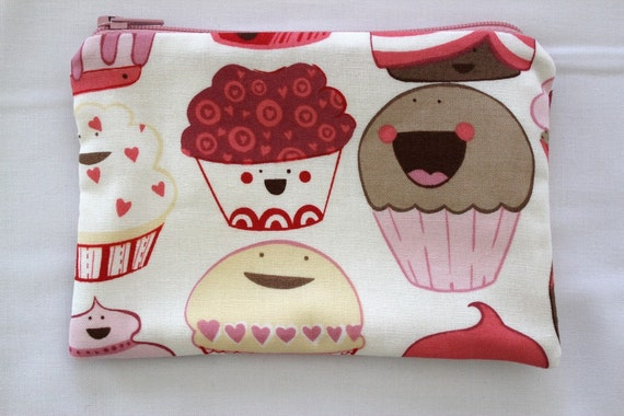 Cupcakes Mocha Pink Small Zipper Pouch