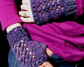 Bounty Fingerless Mitts - PDF Knitting Pattern for Bulky Weight Yarn