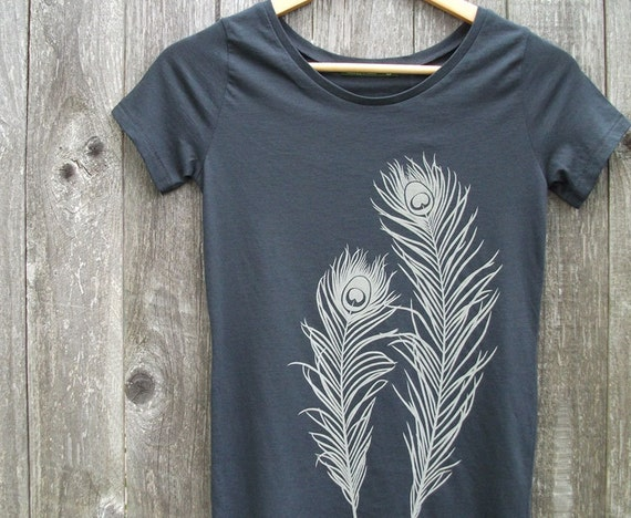 Peacock Feathers Organic Cotton T-shirt - Women's Scoop Neck Grey