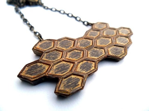 Metallic Gold Honeycomb Necklace, Gold Beehive Necklace, Honey Bee Honeycomb Necklace, Geometric Jewelry, Gift for Her, Beekeeper Gift