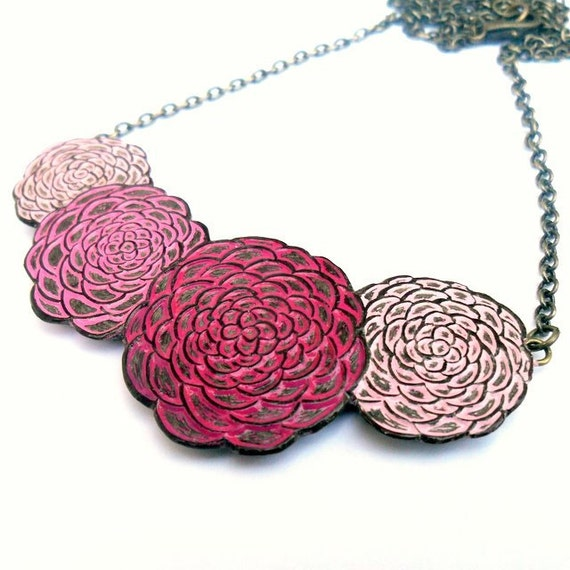 Pink Chrysanthemum Necklace, Chrysanthemum Flower Jewelry, Mum Necklace,Flower Bib Necklace, Wife Gift, Mom Gift, Daughter Gift from Mom,