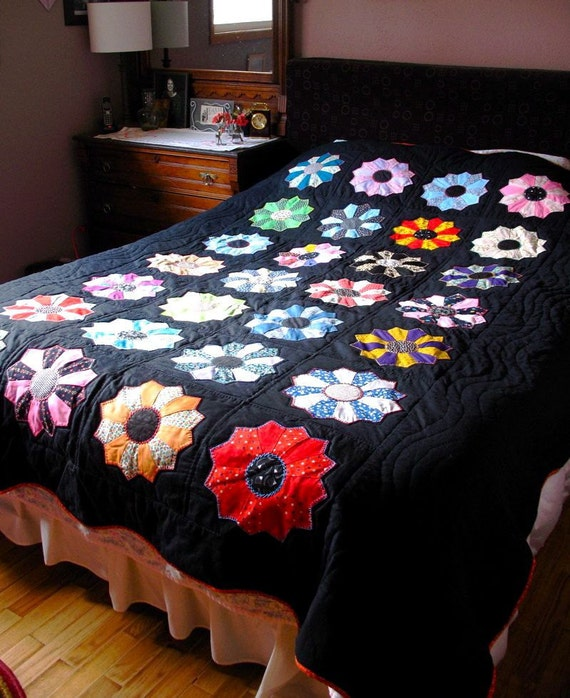 Queen Multi Color Dresden Plate Applique on Black Quilt