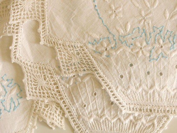 Antique Dresser Scarf Embroidered Lace White & Pale Blue Details Spring Home