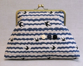 Quilted Frame Purse - Clutch - Gulls and Waves