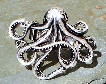 Octopus ring Antiqued silver Filigree adjustable steampunk ring