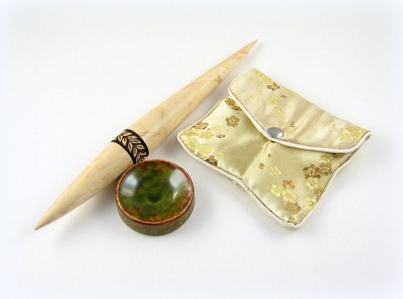 Mini Figured Maple Phang Support Spindle Travel Set